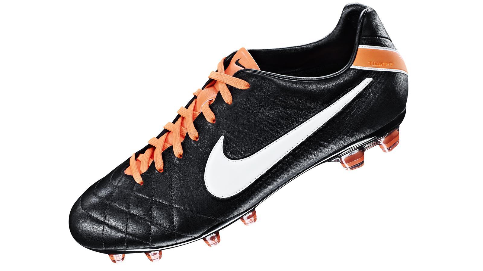 buy popular 12a5c bfbf5 A Legend Reborn - Tiempo Legend IV Elite - Nike News