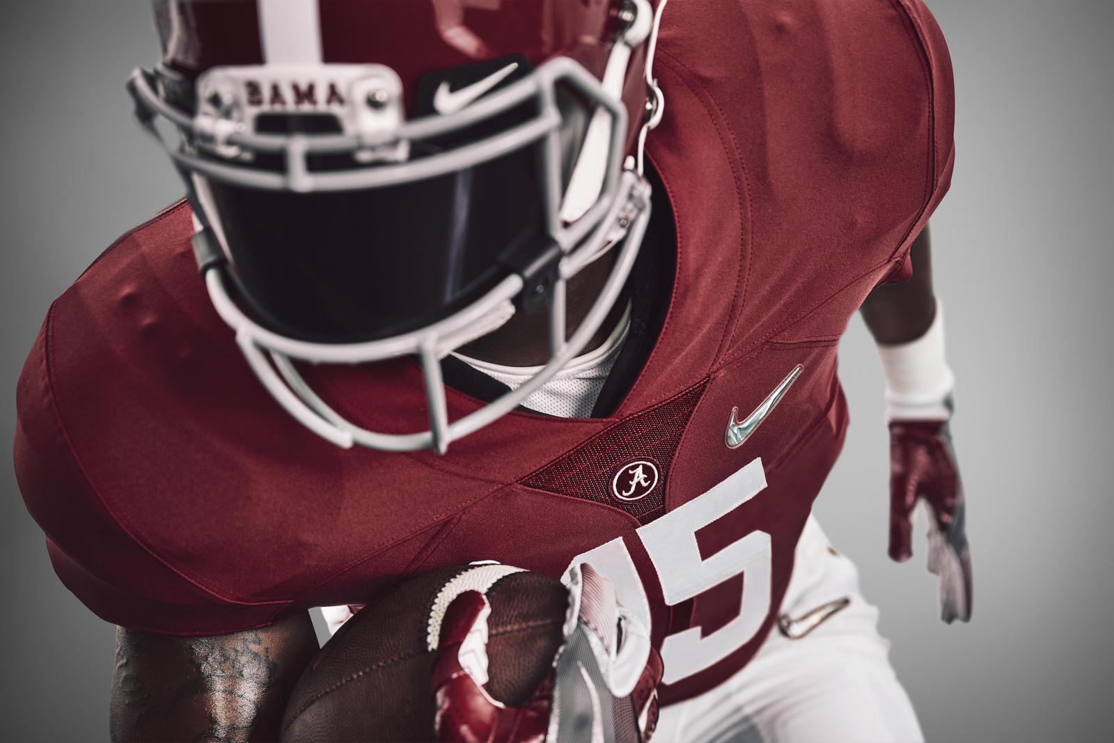Alabama Crimson Tide Basketball Jersey >> Nike Reveals College Football Playoff Uniform Looks - Nike News