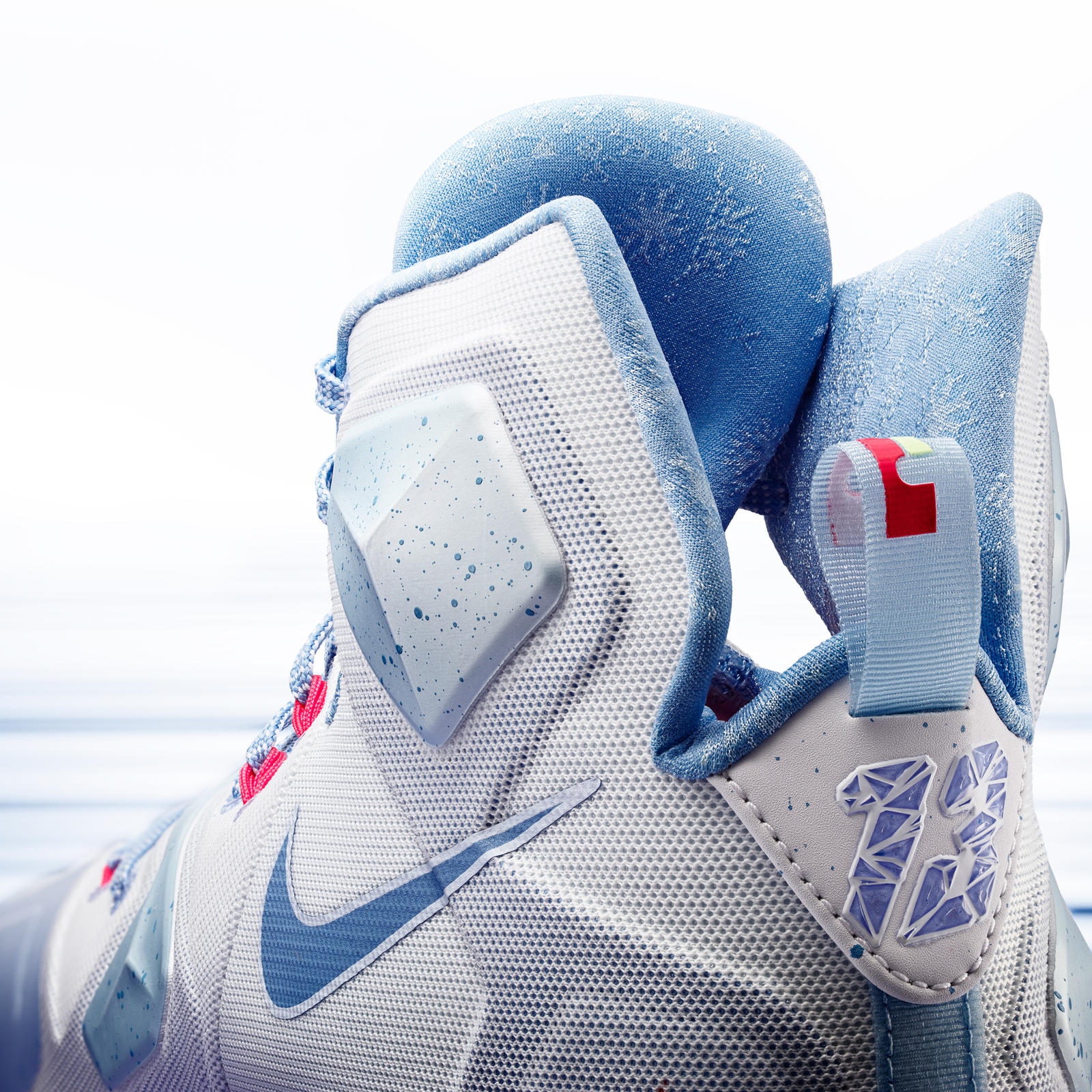 15 600 nike holiday lebron 13 detail a 01 square 1600