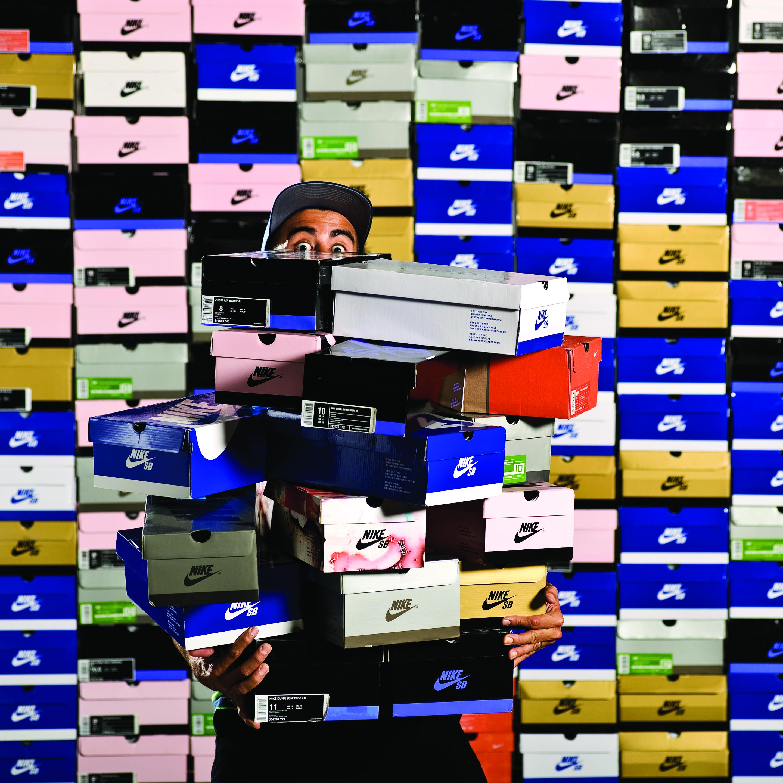 Group Of Nike Sb Shoebox Wallpaper