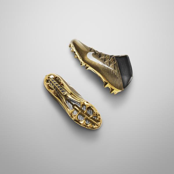 Nike Mercurial Vapor VIII FG Football Boots - White-Black-Solar Red Nike  Brings Gold to Super Bowl 50 ...