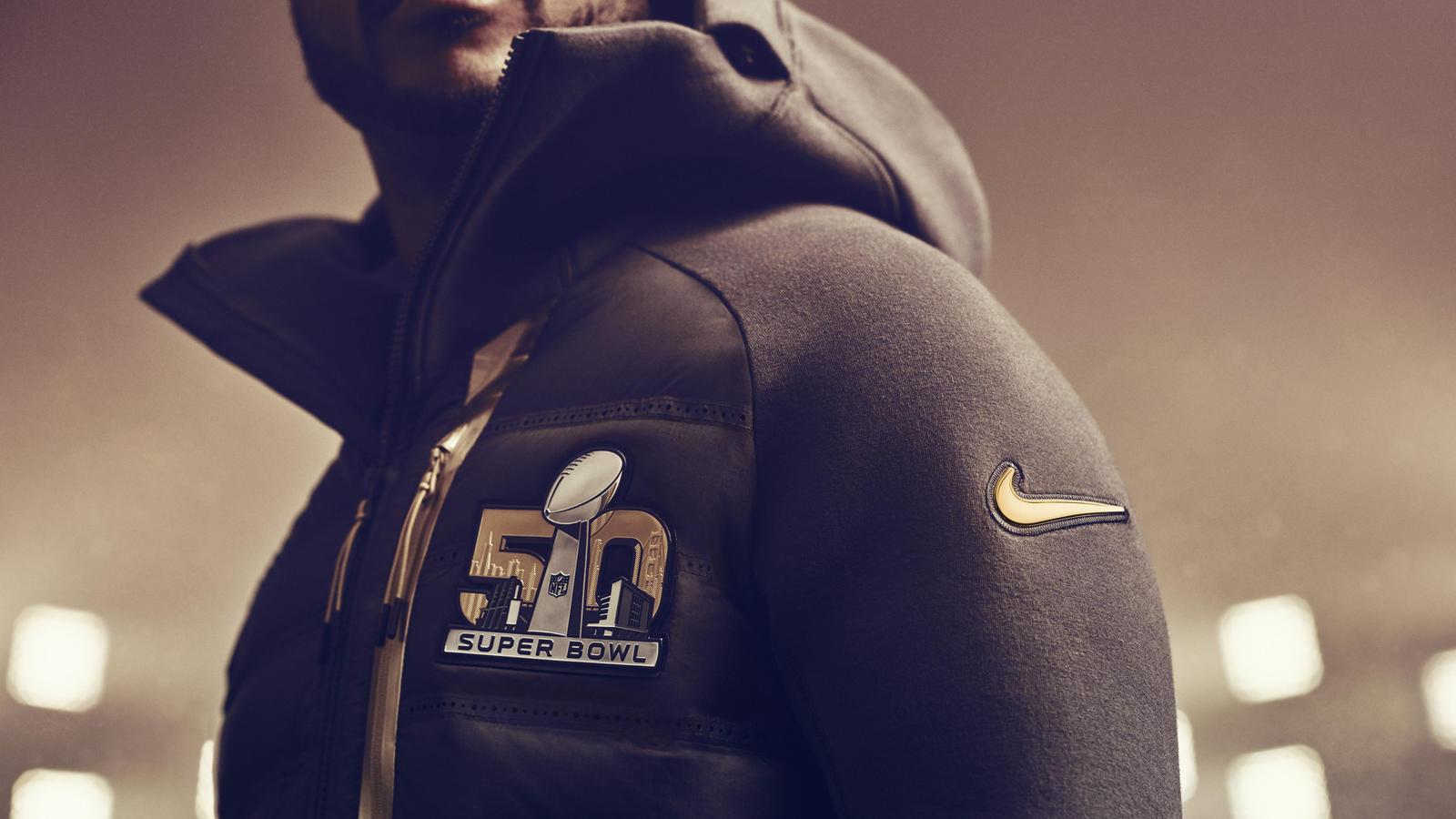 Nike Brings Gold To Super Bowl 50 News Jaket Fleece Verdure Green Combie Sb50 Tech Aeroloft Jacket
