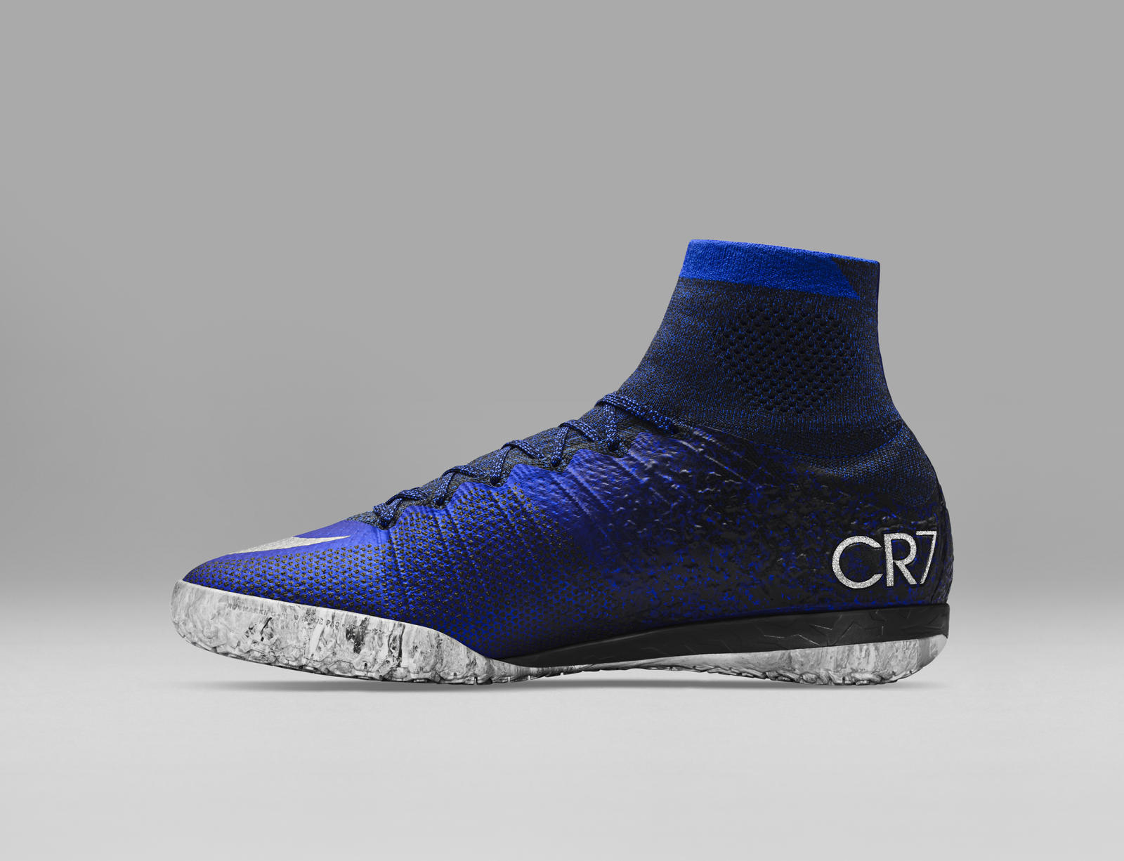 39d81d55f1 Mobile Gallery Image ... Nike Mercurial Superfly CR7 Natural Diamond Play  Test - YouT Mercurial Superfly CR7 Chapter 1 2 From ...