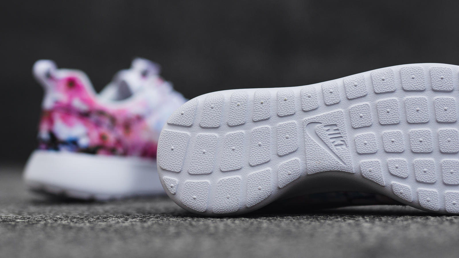 Nike roshe one cherry blossom 1 hd 1600