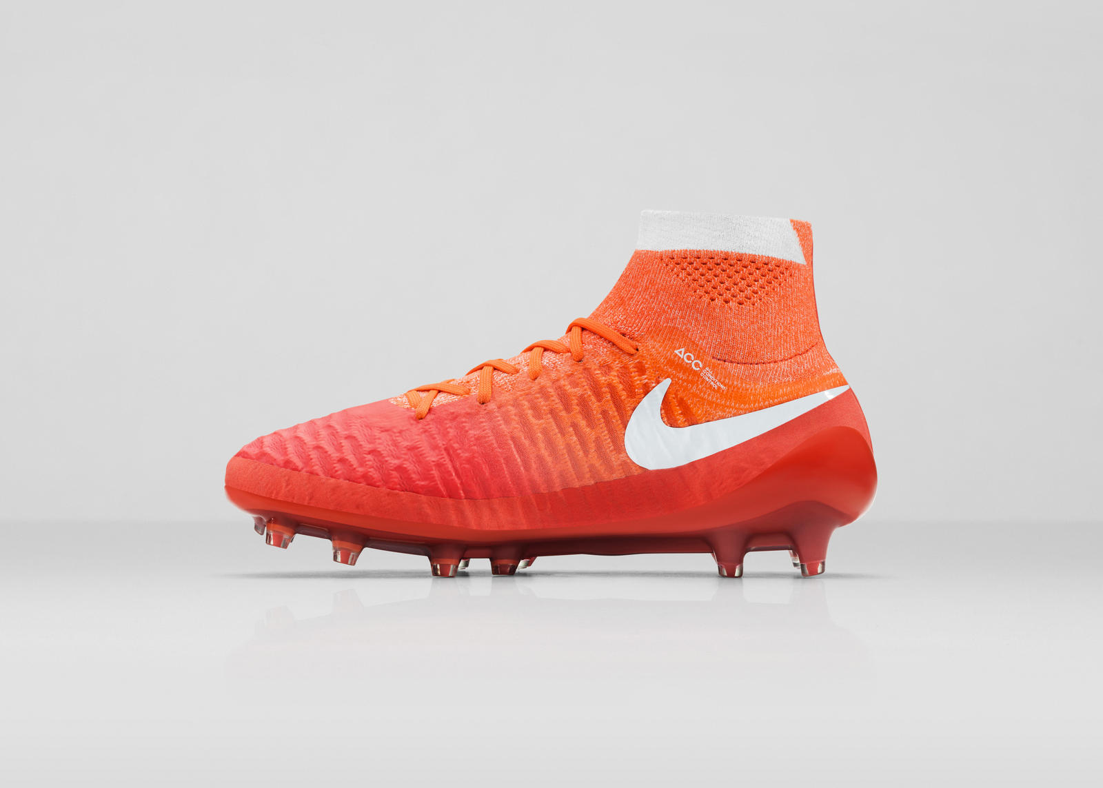Nike_SU16_wmns_MagObraFG_616_MED copy