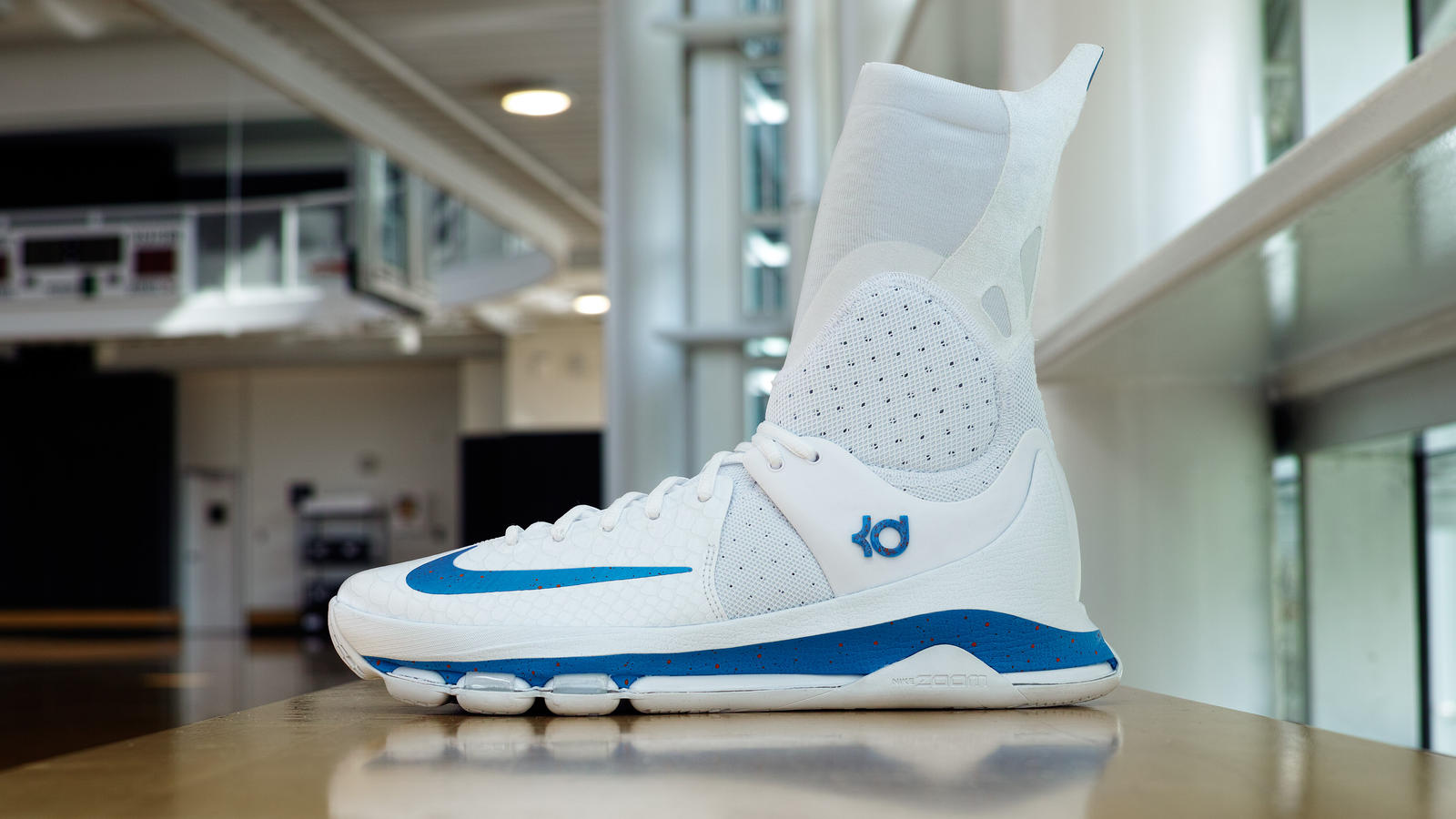 Kd 8 elite pe white hd 1600