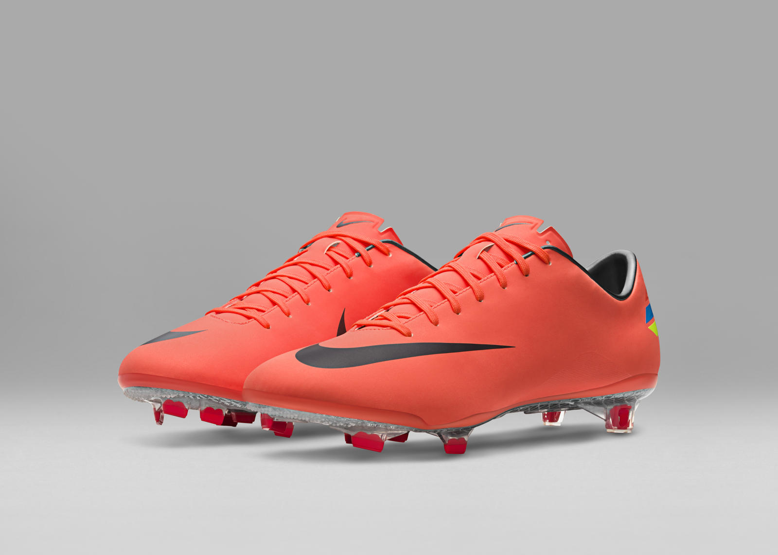 NIKE CLASH COLLECTION ! Nike Mercurial Vapor 8 EM Edition CR7 Soccerboots 2012 Unboxing
