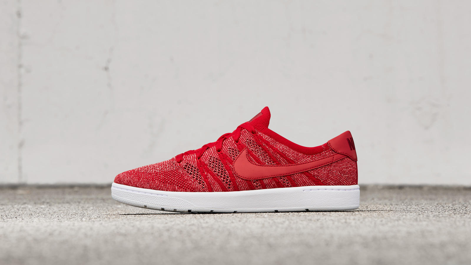 Nike news sneaker feed tennis classic red p v1 hd 1600