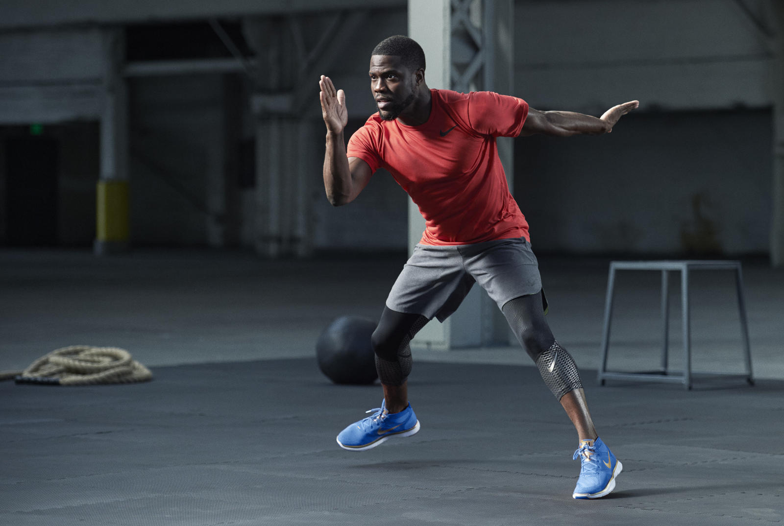 tap into kevin hart s training instincts nike news. Black Bedroom Furniture Sets. Home Design Ideas