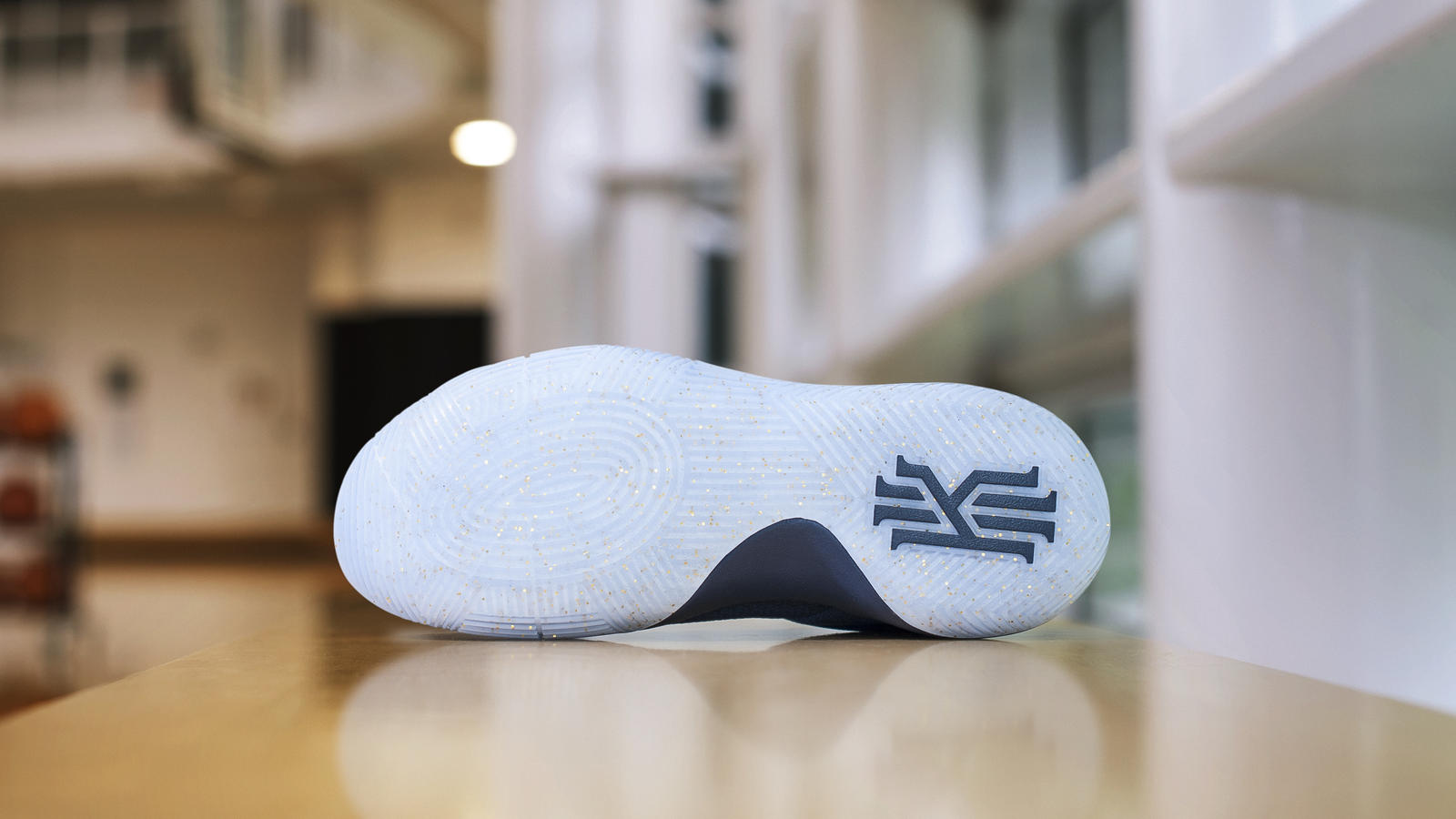 Kyrie navy dsc 4283 hd 1600