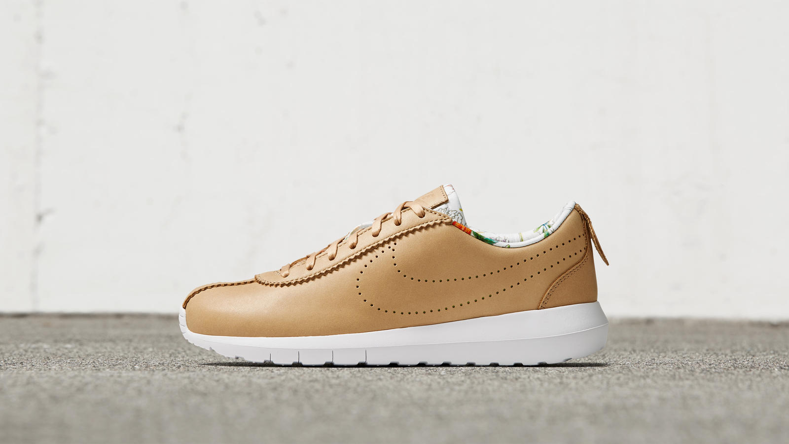 Nike news sneaker feed liberty 1701 hd 1600