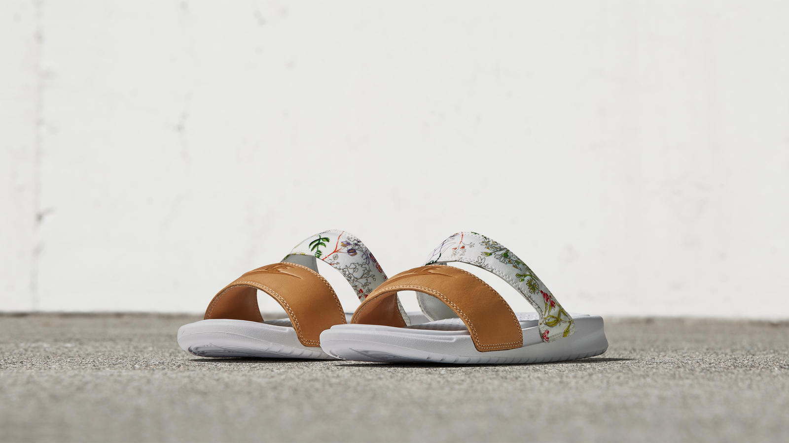 NikeCourt x Liberty Benassi Slide