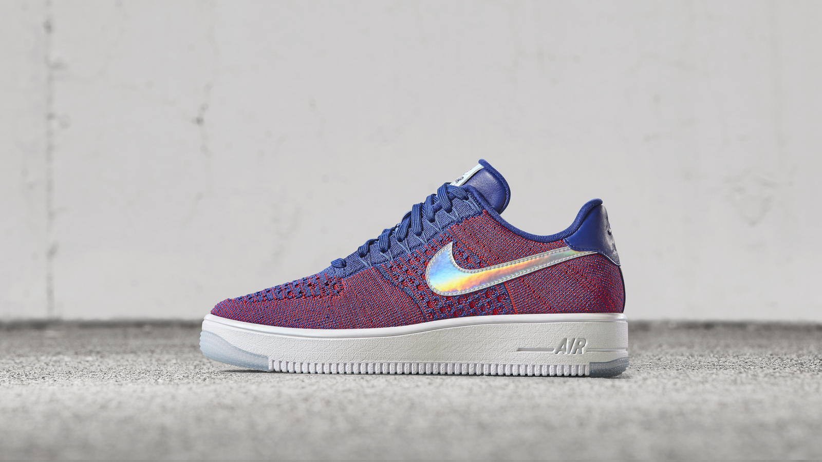 Nike news sneaker feed red wht blue flyknit nsw 2286 hd 1600