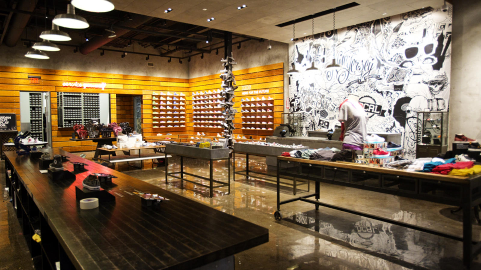 Converse Opens Its First Mall Based Retail Store In New