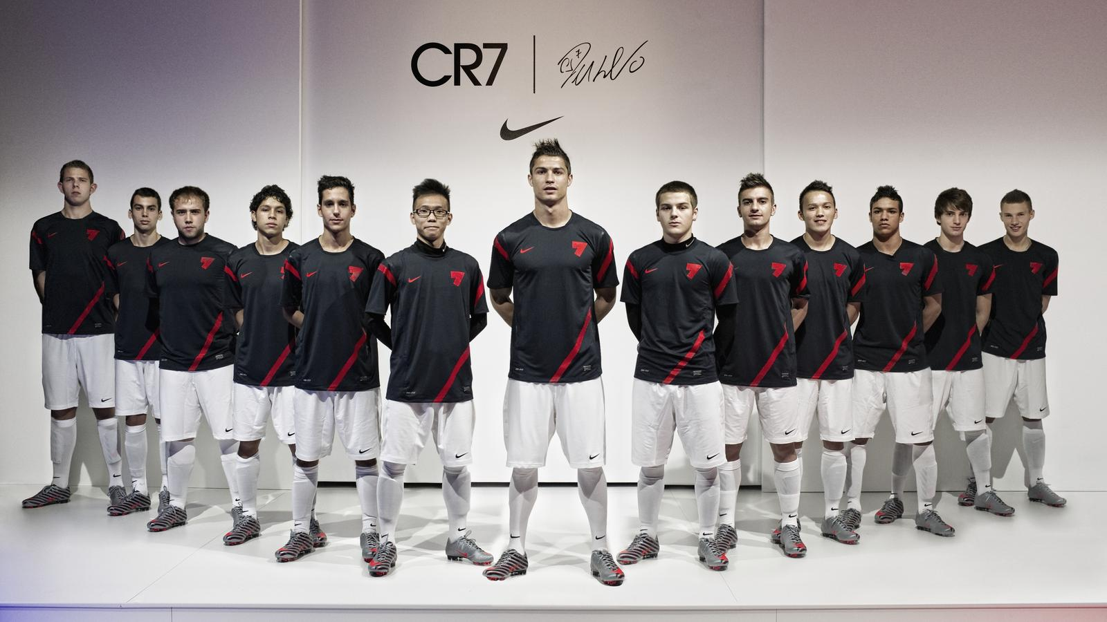 Cr7 collection reflects cristiano ronaldos distinctive style share image voltagebd Gallery