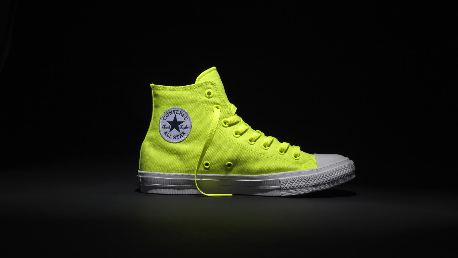 on sale 4a456 f7de6 CONVERSE CHUCK TAYLOR ALL STAR II SHOWS ITS TRUE COLORS WITH ...