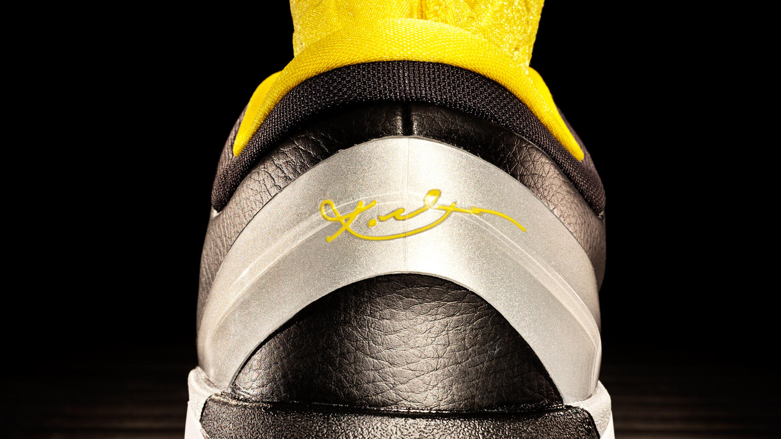 new arrival 56ff2 84c77 Nike Zoom Kobe VII - Attack Strong