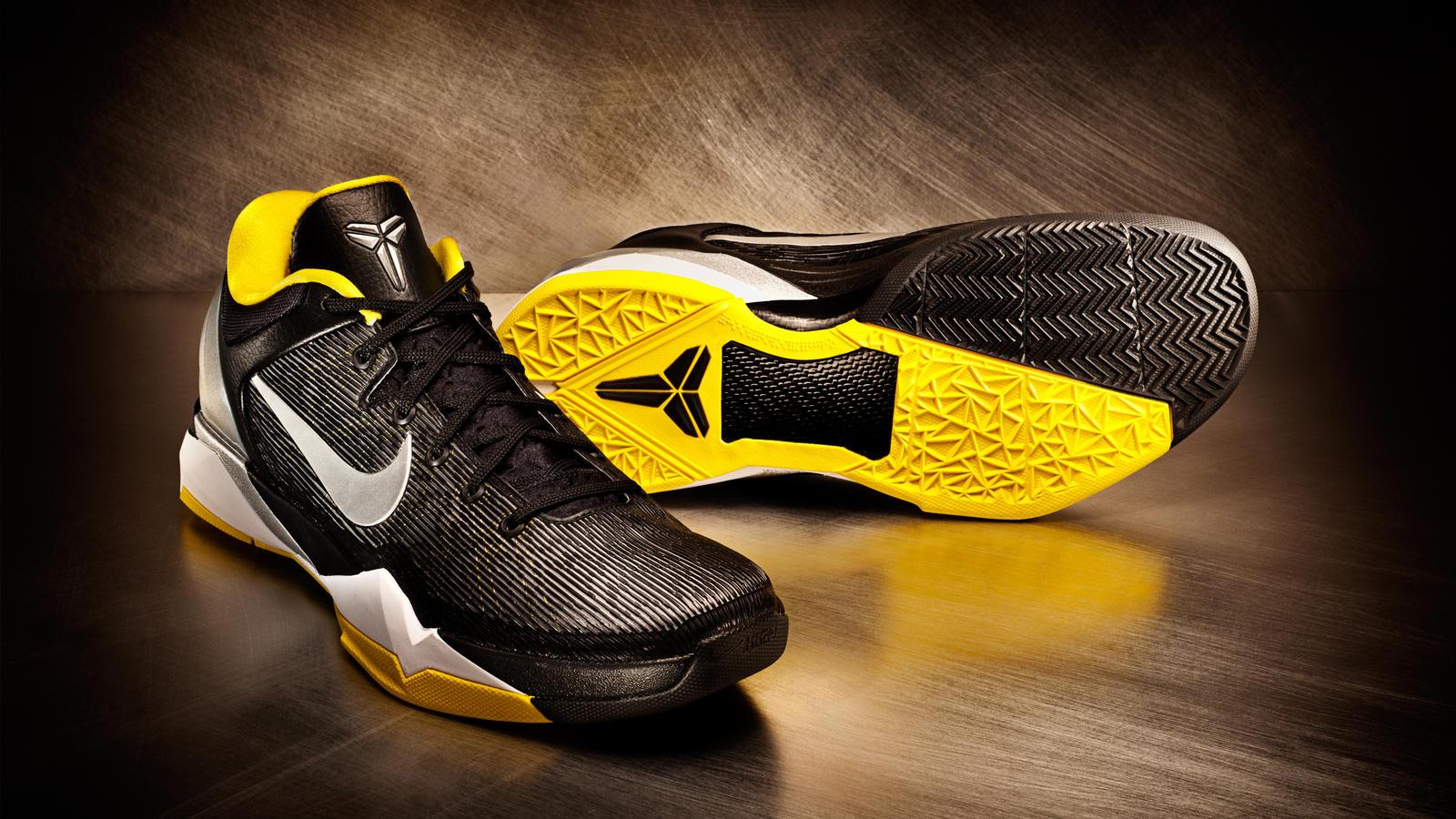 separation shoes e3bda dba88 Nike Zoom Kobe VII - Attack Fast