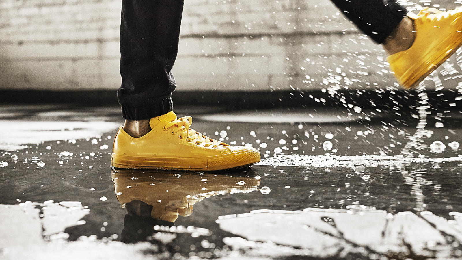 Ctas Rubber Ox   Yellow Puddle Splash Original