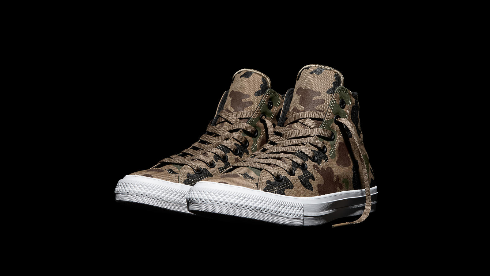 e70decbce76 Converse Chuck Taylor All Star Ii Reflective Camo Brown Pair Original