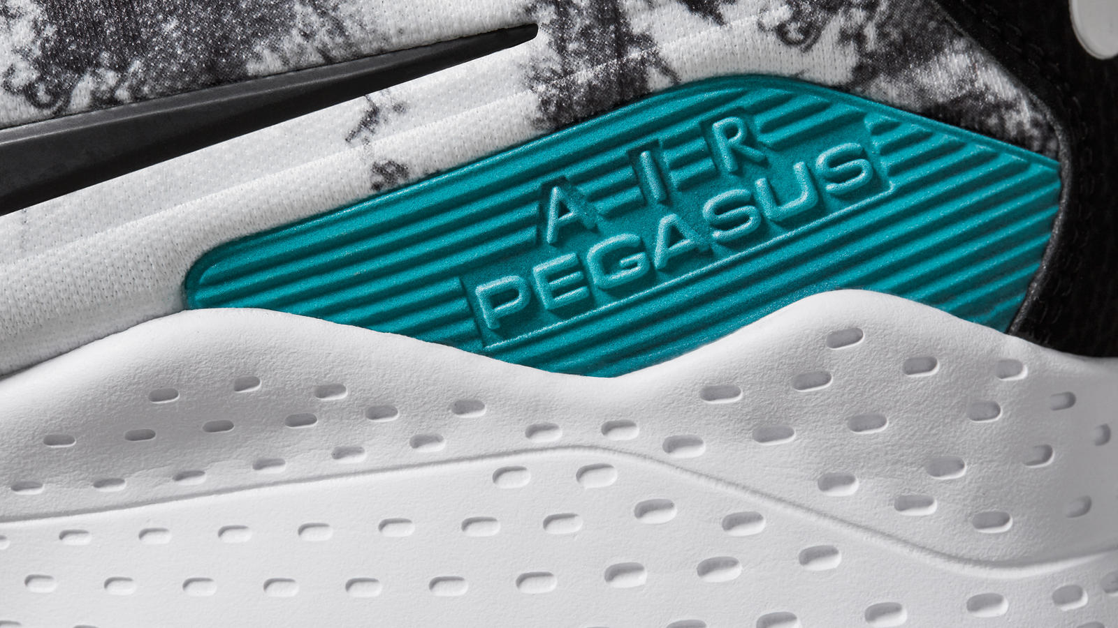 white nike shoes green swash font download 840778
