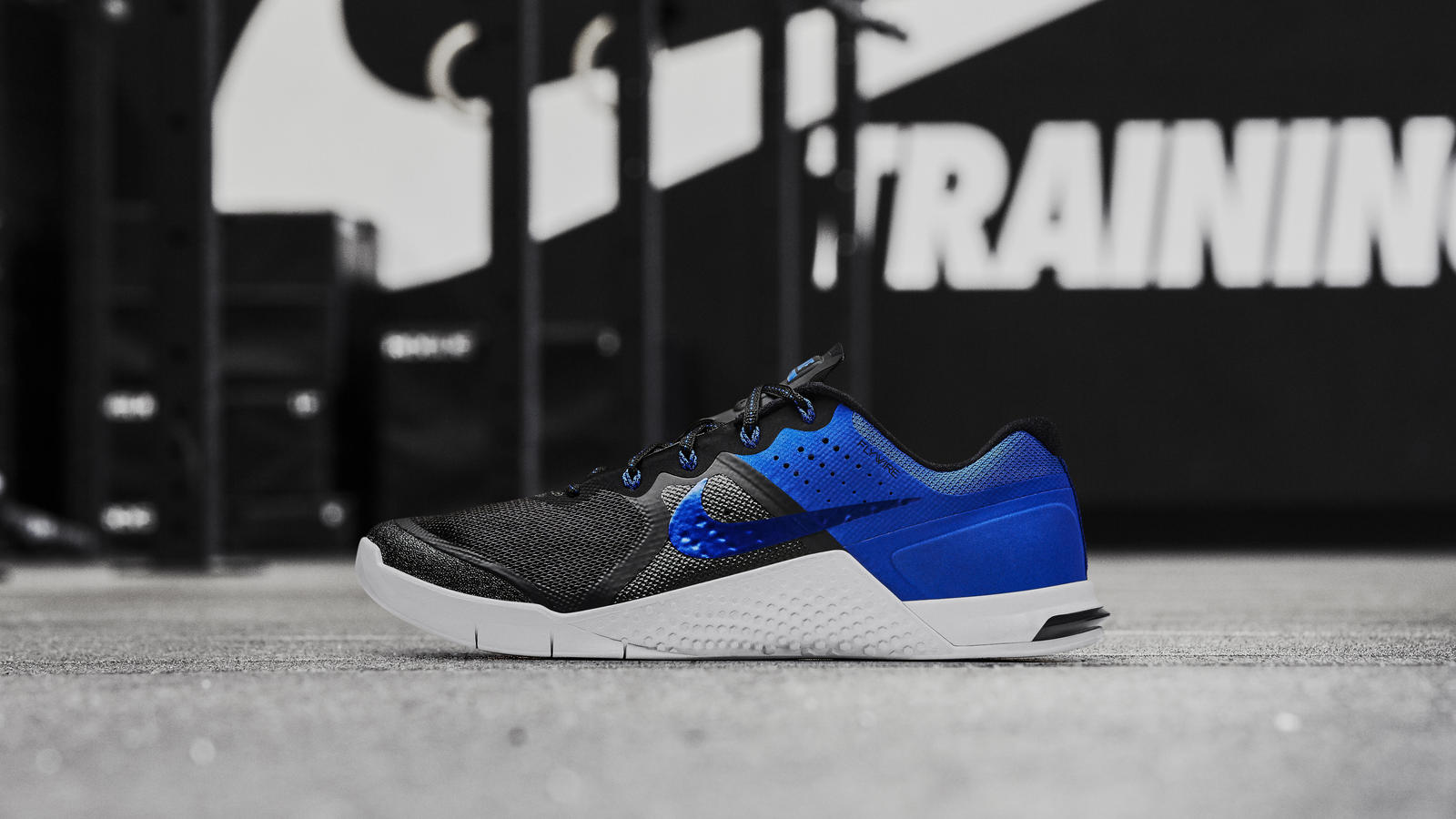 Nike news sneaker feed metcon2 blue blk 2643 hd 1600