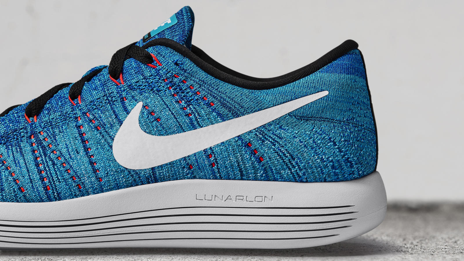 save off 0f2b4 38f39 Nike LunarEpic Low Flyknit