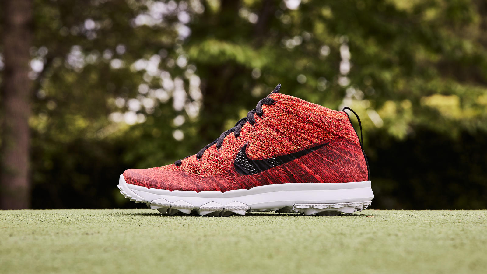 Nike news sneaker feed red flyknit golf 0392 p v1 hd 1600