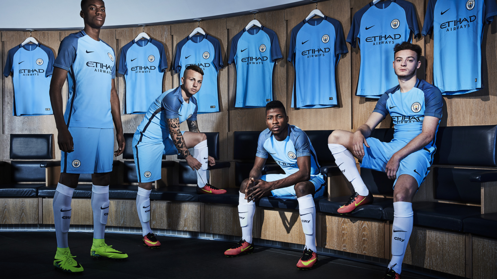 NIKE Manchester_City_Athletes01