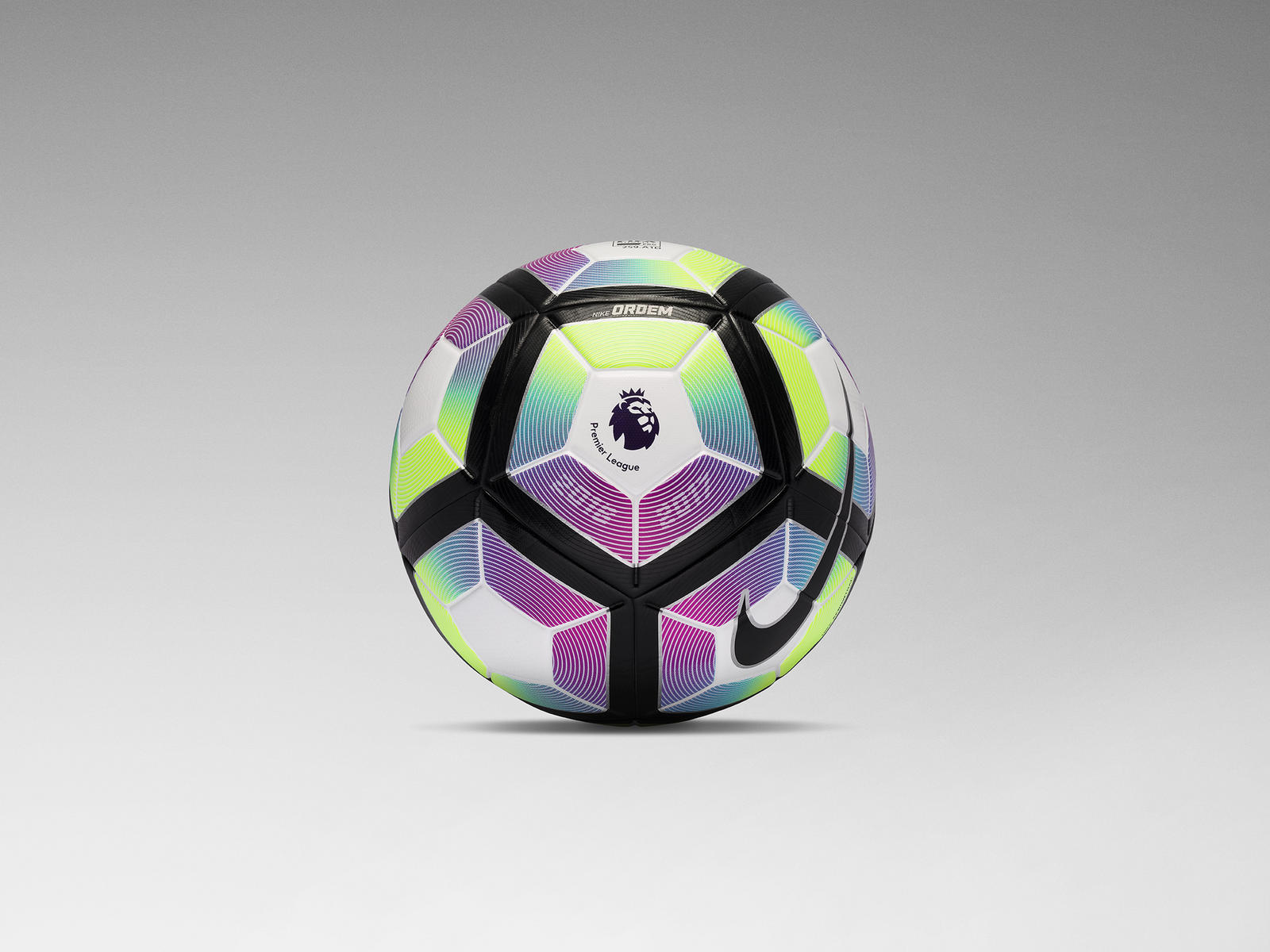 Serie A: NIKE ORDEM 4: OFFICIAL MATCH BALL OF THE PREMIER LEAGUE