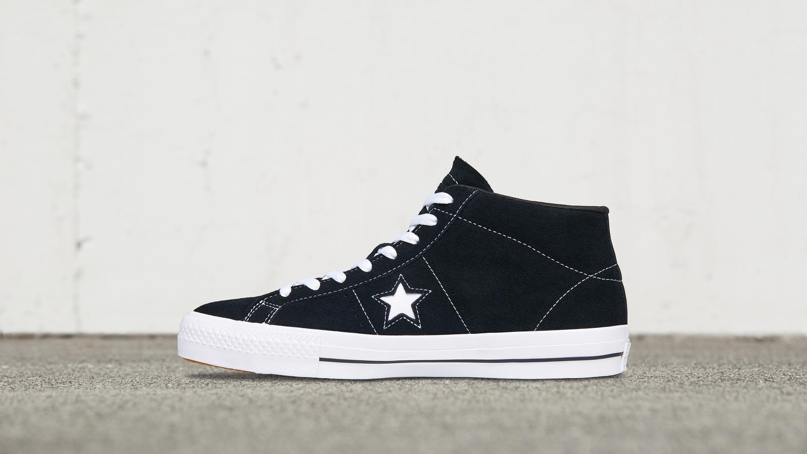 21ecb84936fa07 Converse Cons One Star Pro Suede Mid Top