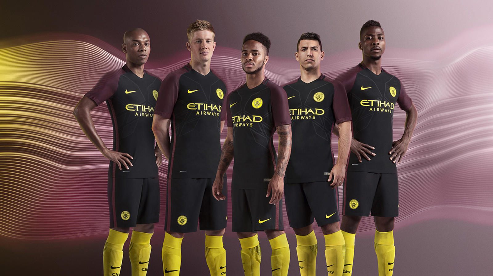 SU16_FB_WE_ManCity_CK_Away_Group_crop