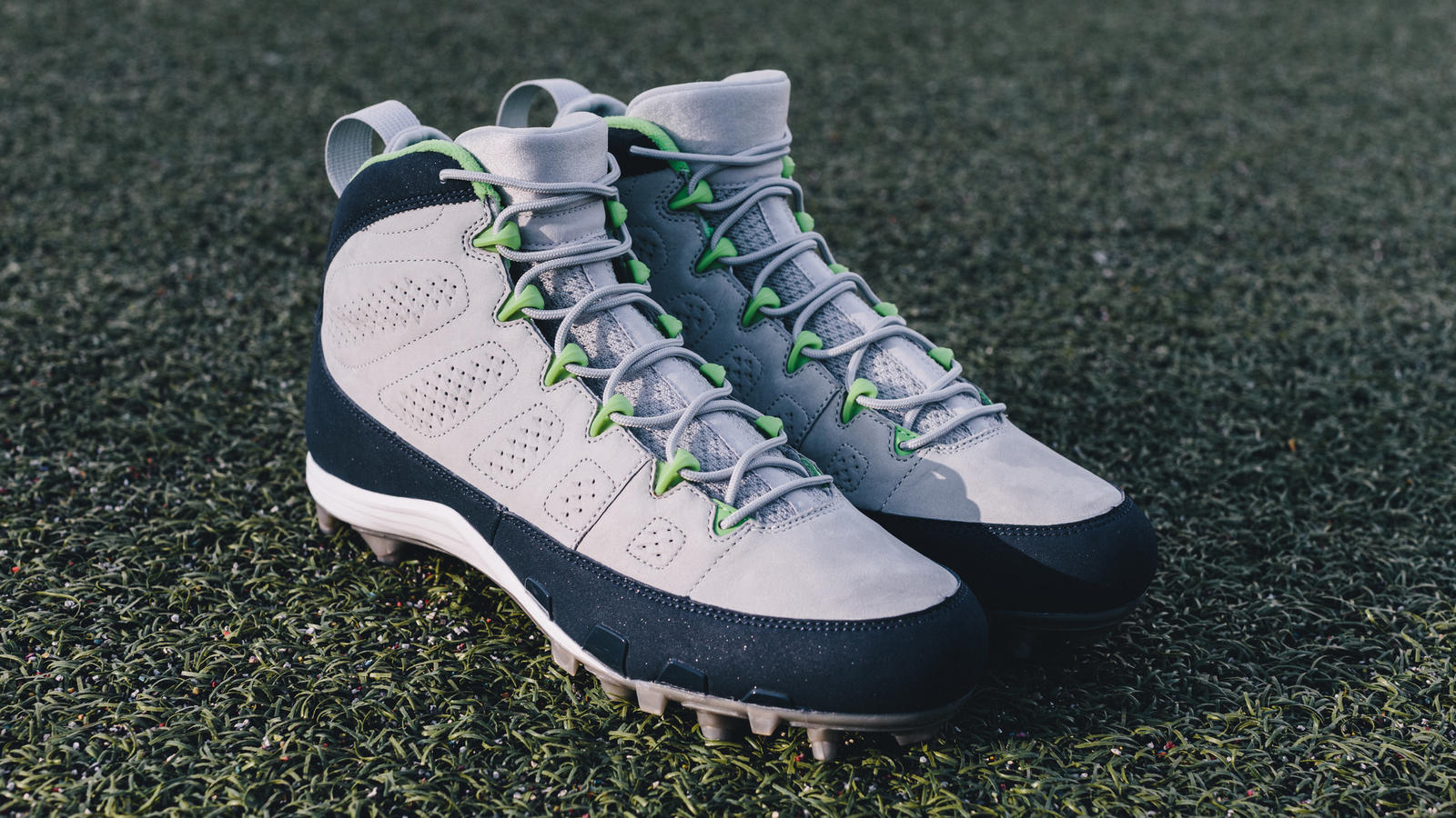 Earl Thomas Air Jordan IX PE Cleats