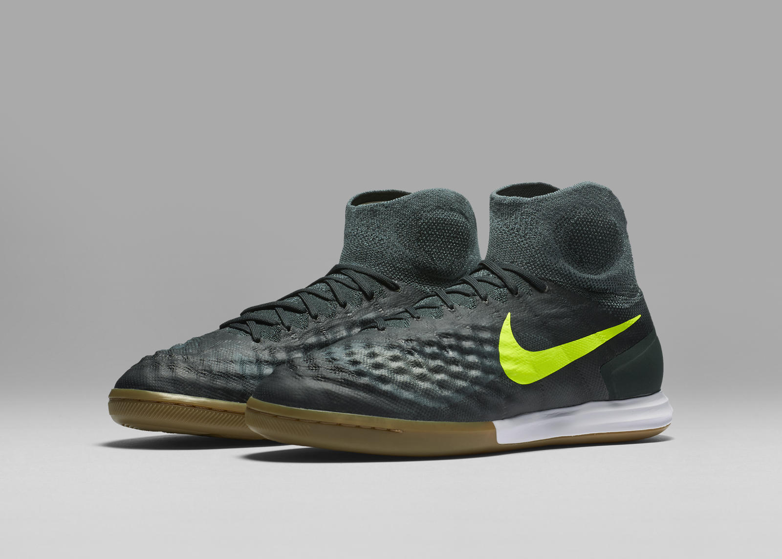 Ho16 Gfb Floodlights Nfx Magista X Proximo Ic 05 07