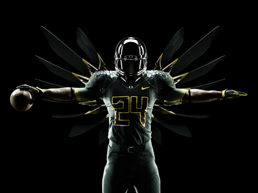 Nike unveils new integrated uniform system for Oregon Ducks in Rose Bowl