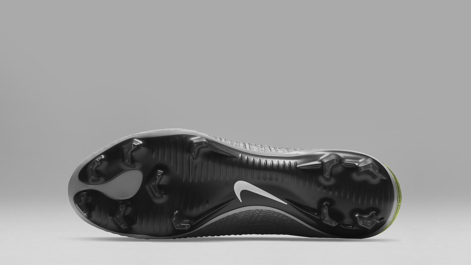Nike Mercurial Superfly Heritage iD Vapor 1_v2