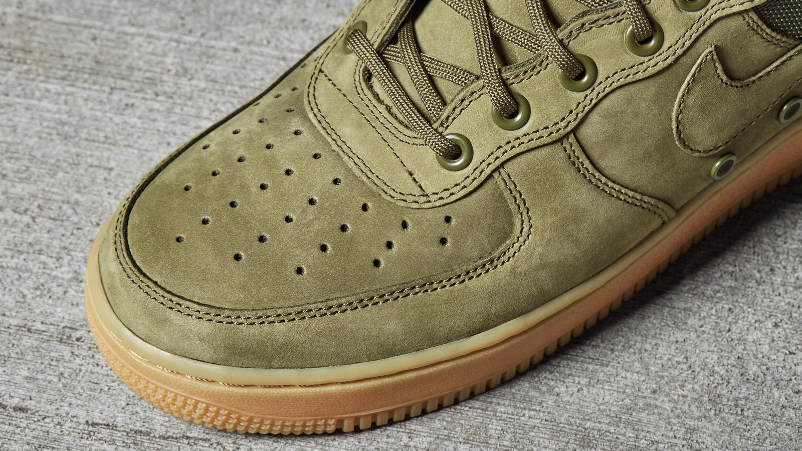 nike special field air force 1 strap