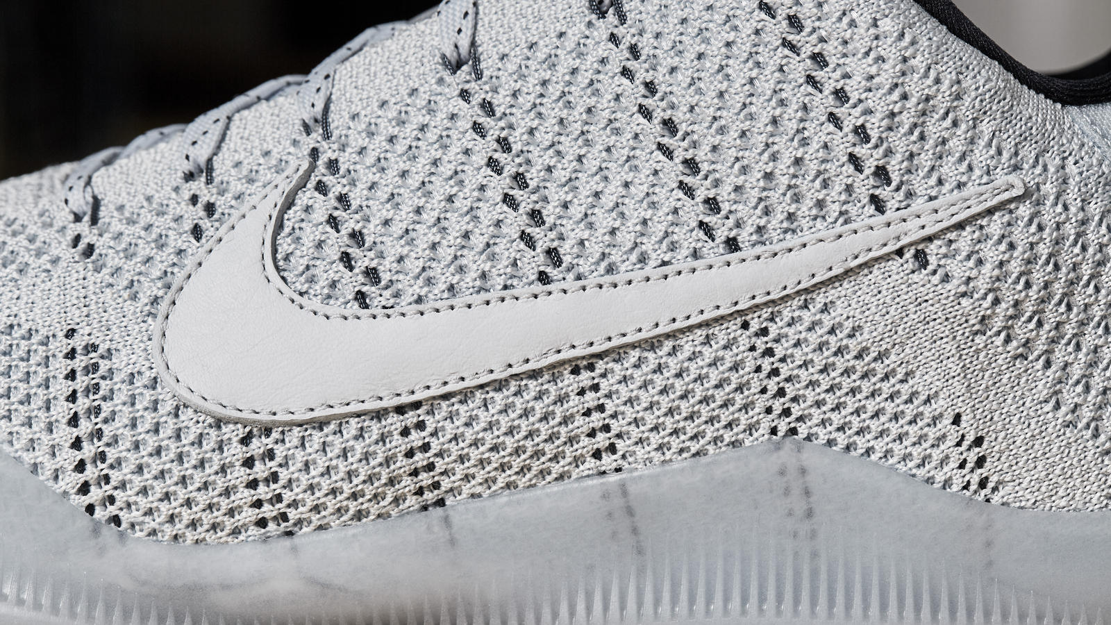 Kobe XI Elite Low 4KB