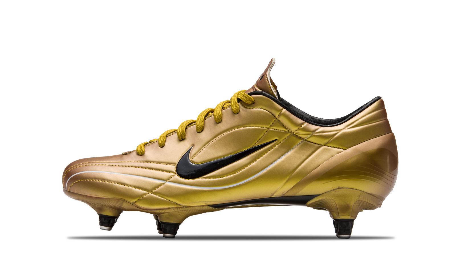 2004-Mercurial-Vapor-2-Orange-Gold-Black
