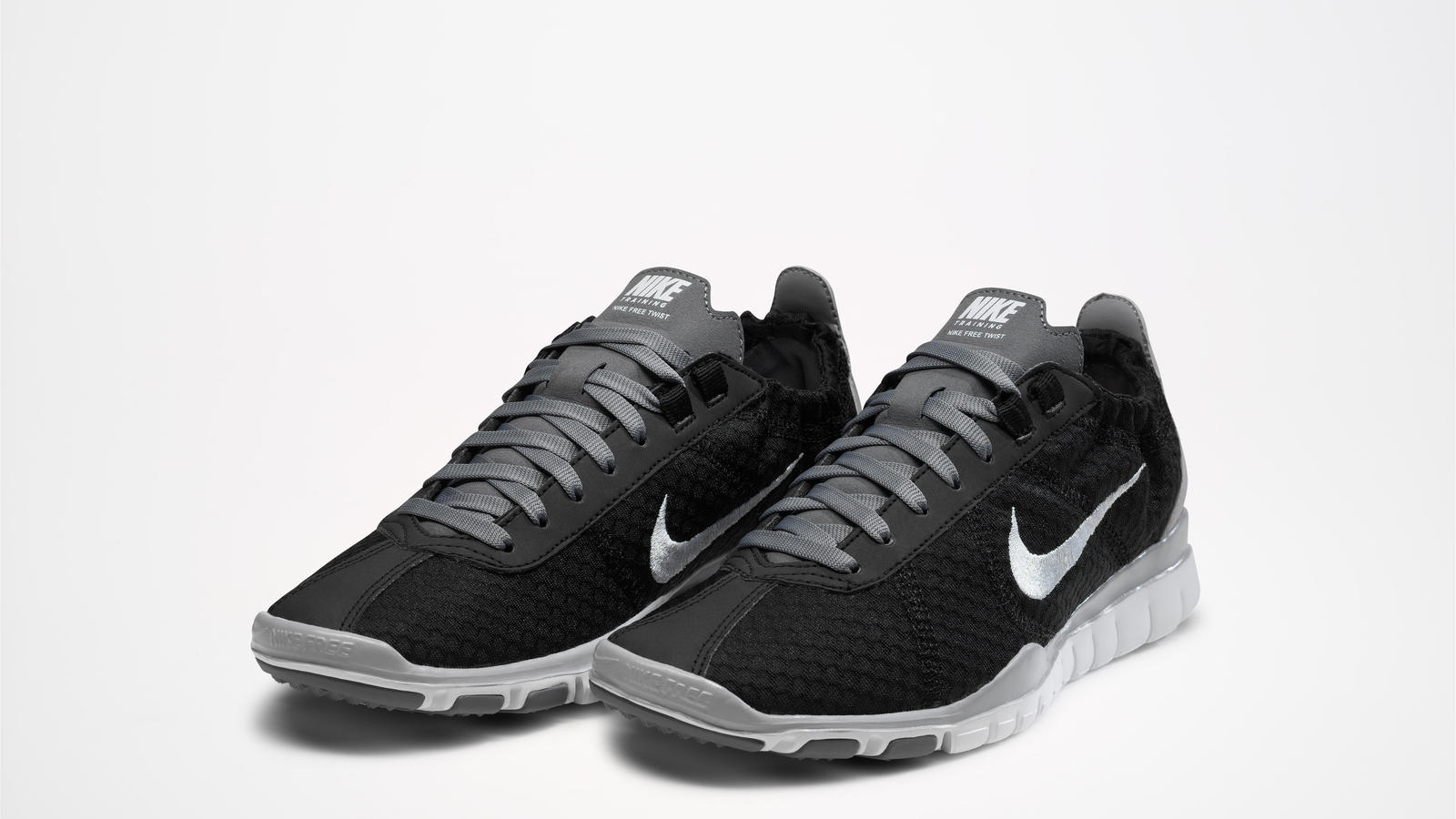 SP12_Nike_Free_TR_Twist_Black