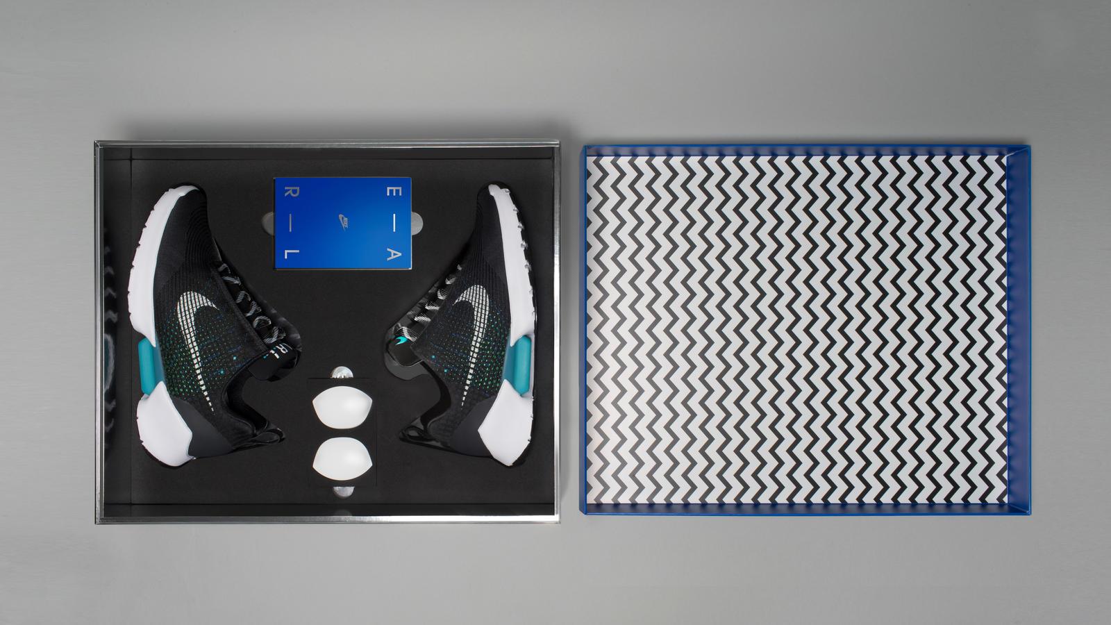 Nike HyperAdapt 1.0 Packaging