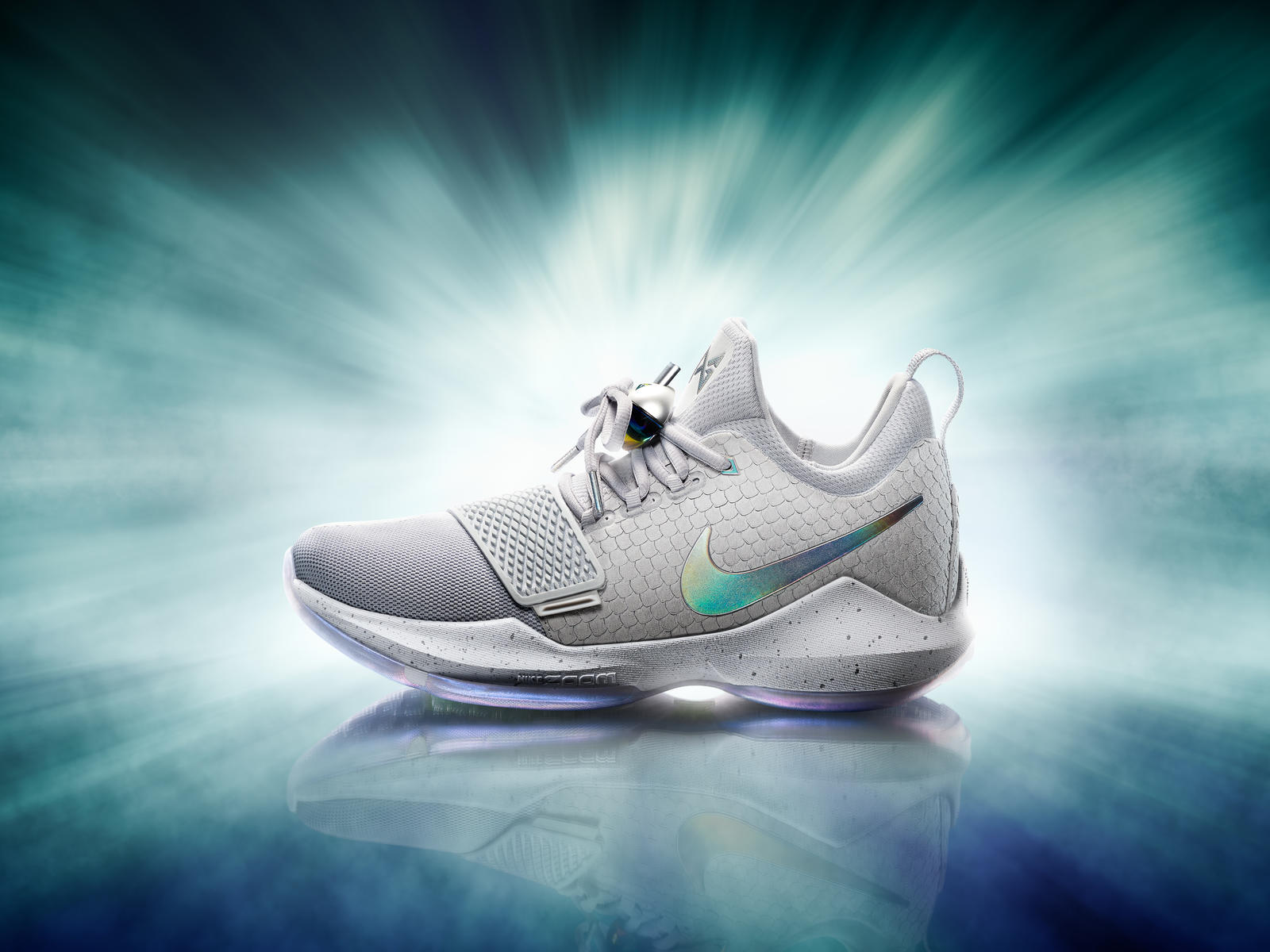 16-420_Nike_PG1_Hero_Single_Gray-03a