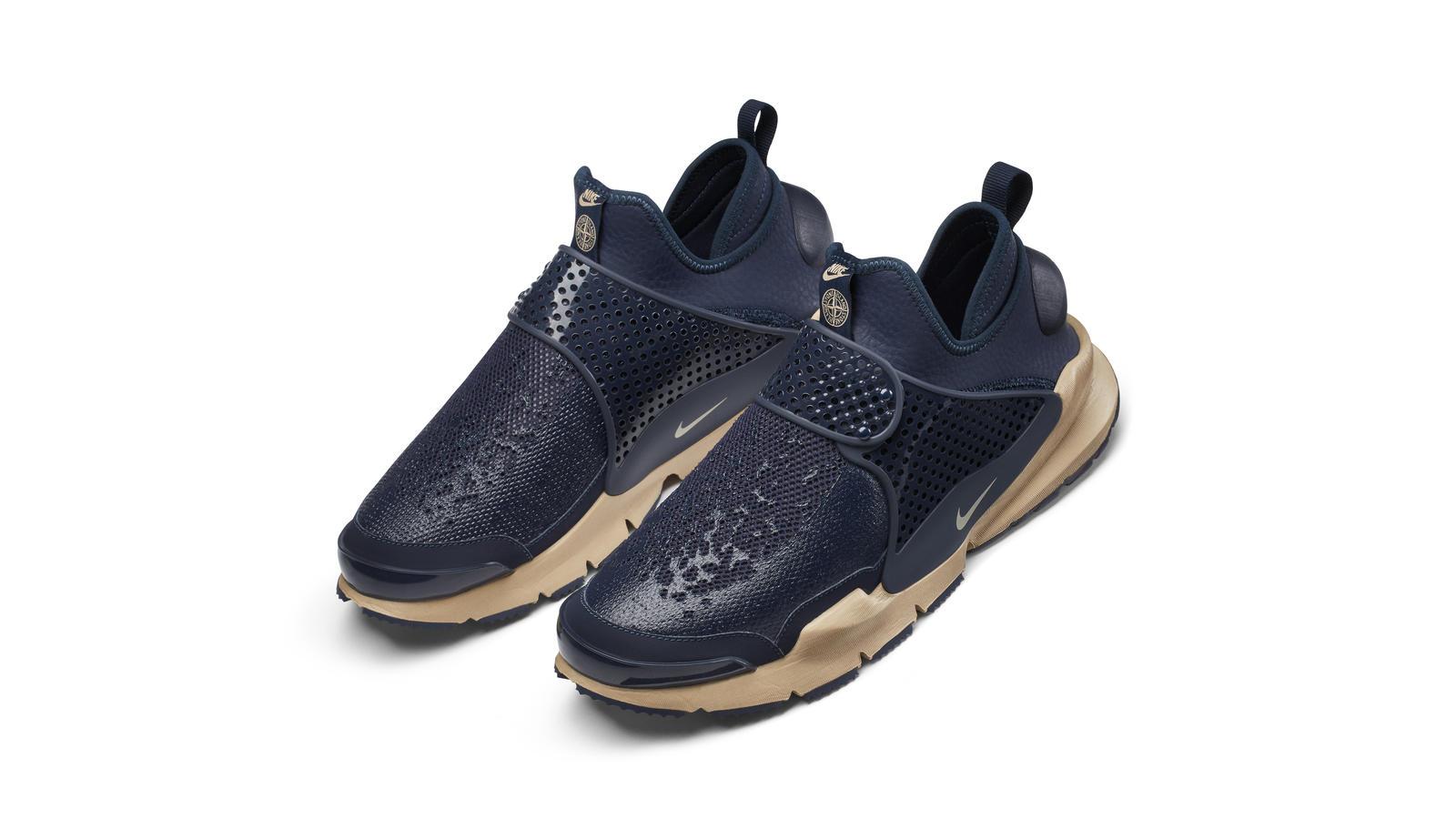 baf6a7060f945 The NikeLab Sock Dart Mid x Stone Island - Nike News