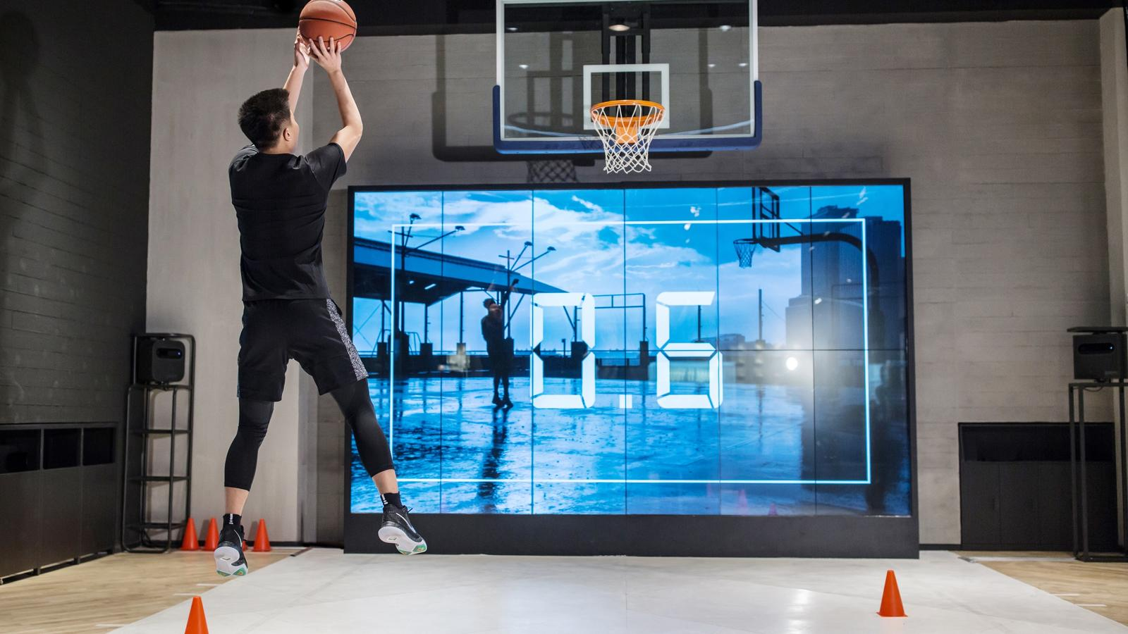 The In First Jordan Nikeamp; Experience LookInside Store Basketball UpzMVSq