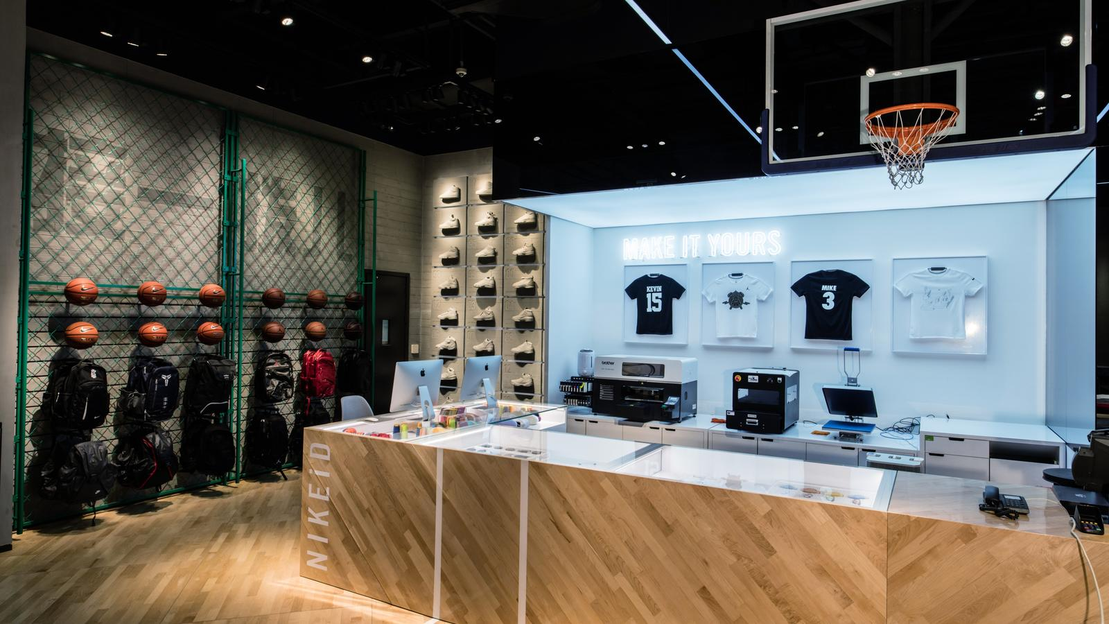 015647db09a6c1 First Look  Inside the Nike   Jordan Basketball Experience Store in ...