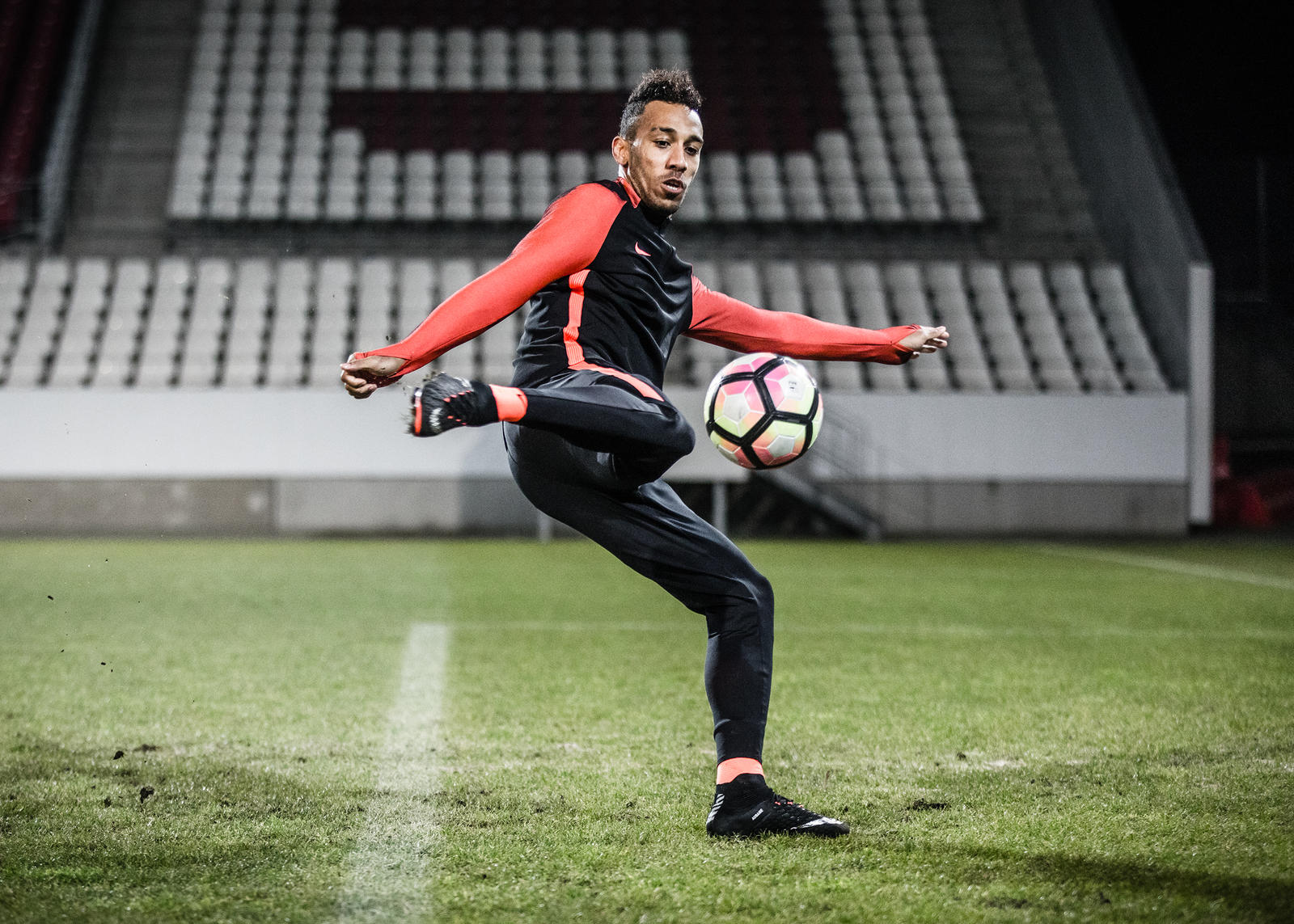 2169 hypervenom auba rectangle 1600
