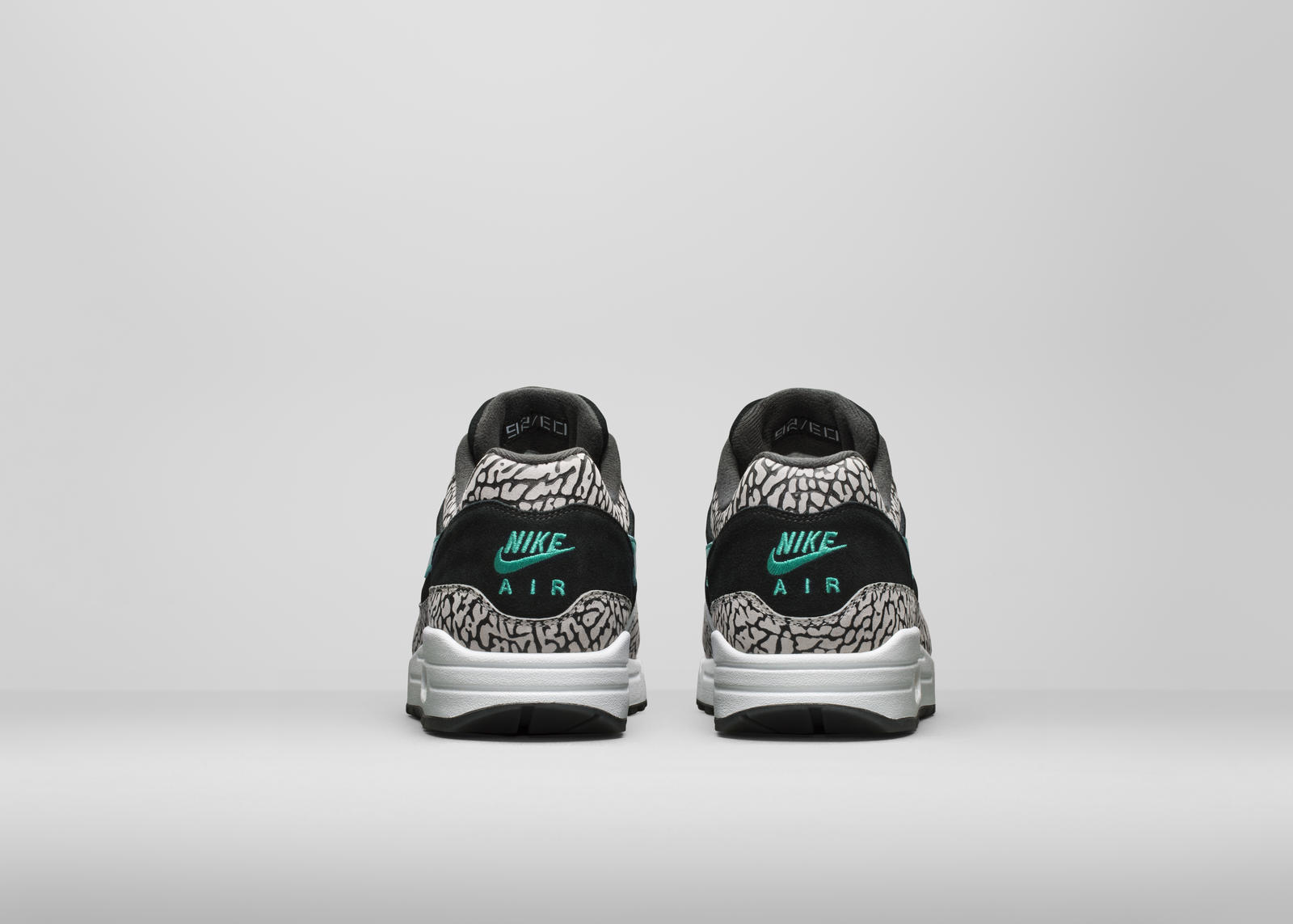 the best attitude c0f39 ef7f1 Easily one of the most memorable was the premium pair atmos turned out in  2007. Already famous worldwide for two initial Nike Air Max 1 designs (the  first ...
