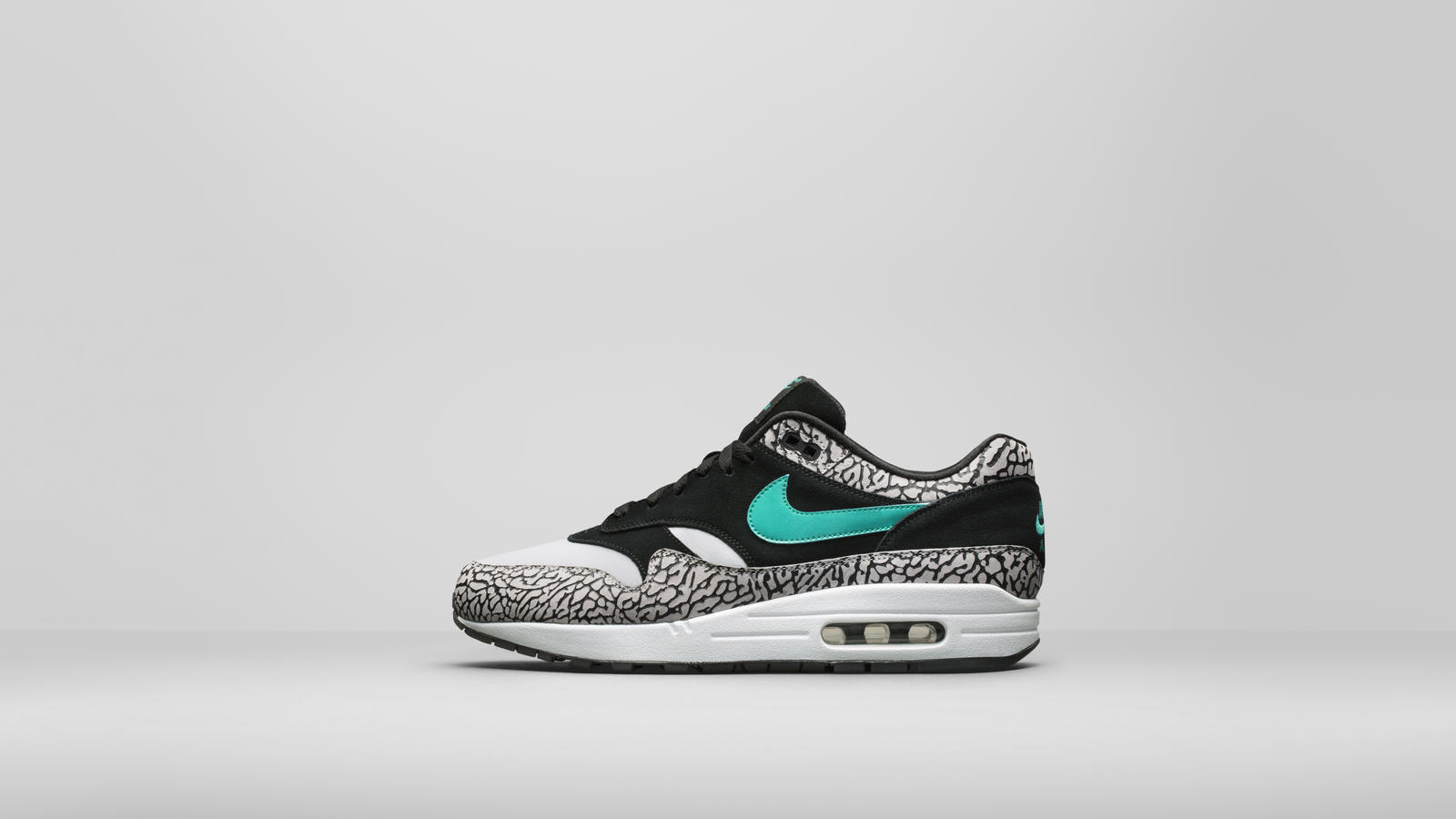 3b7662af13eb6c The Nike Air Max 1 was first conceived as a performance shoe. This should  be obvious