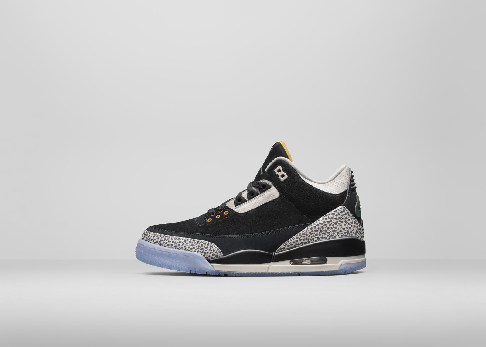 c2dda65d7bb4 I grew up watching Michael Jordan and my first Nike (Jordan) was Air Jordan  1 ...