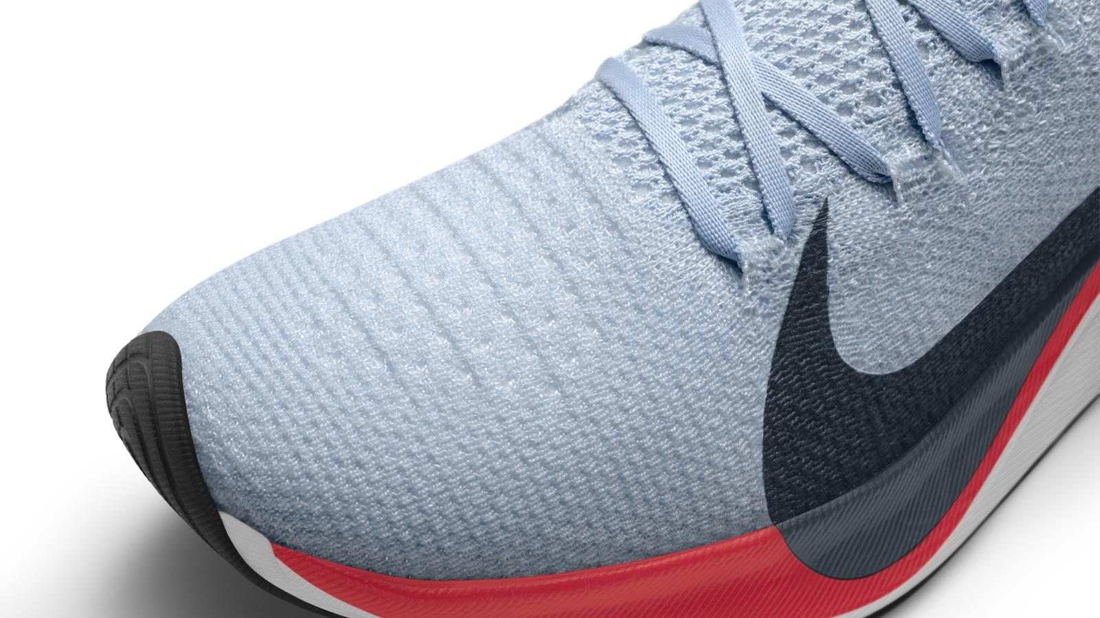 nike shoes with carbon fiber plate